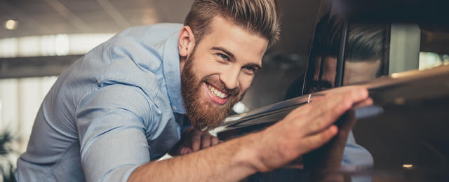 The advantages of taking out a car loan in couple