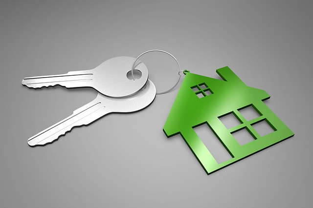 First home loan fixed or variable rate